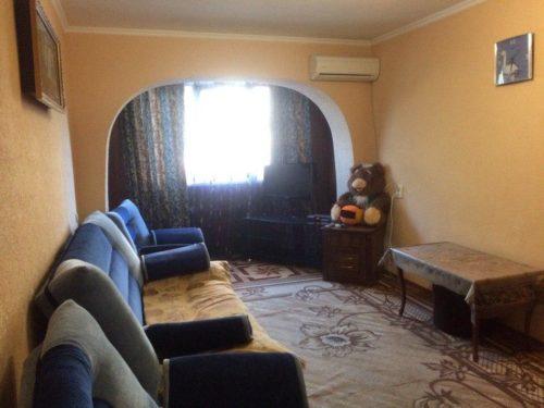 Двух комнатная квартира на Абазга Гагра