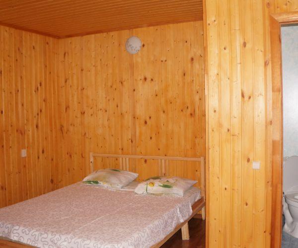 4-х местный душ и туалет в номере