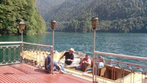 Как добраться, доехать до Дачи Сталина на озере Рица