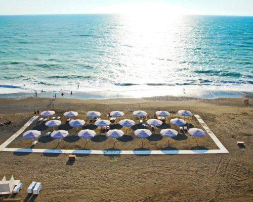 Собственный пляж отеля Paradise Beach