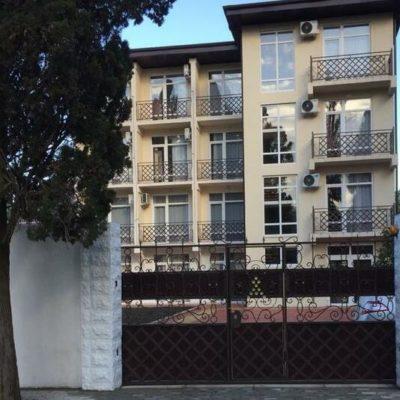 Отель Анна в Пицунде на кипарисовой аллее