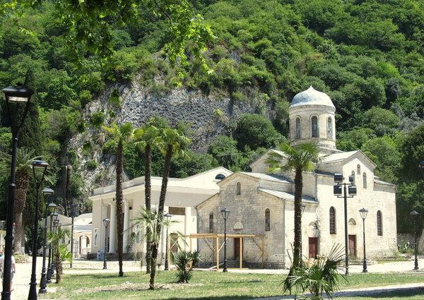 храм Симона Кананита