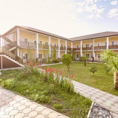 Гостиница Солнце Абхазии в Пицунде